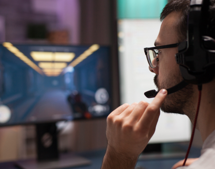 competitive-young-man-playing-shooter-video-games-KE6EDHK-8